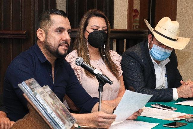 """Inició la histórica """"Jornada Cultural Municipal"""" en ejidos de Saltillo. Víctor Mendoza"""