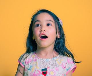 Orangtua Jangan Bangga Jika Anak Bisa Nyanyi Lagu Orang Dewasa