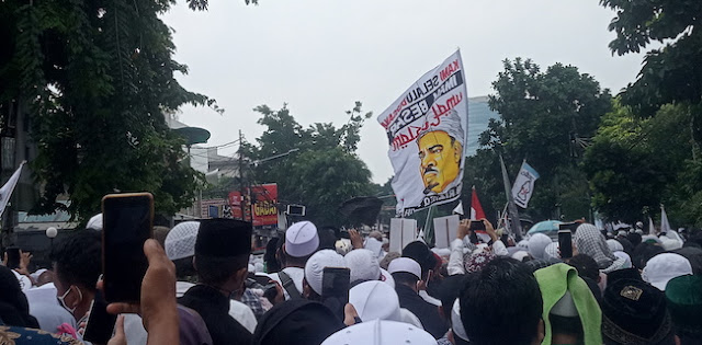 Demi Hindari Fitnah, Pendukung Habib Rizieq Diimbau Tidak Ambil Gambar