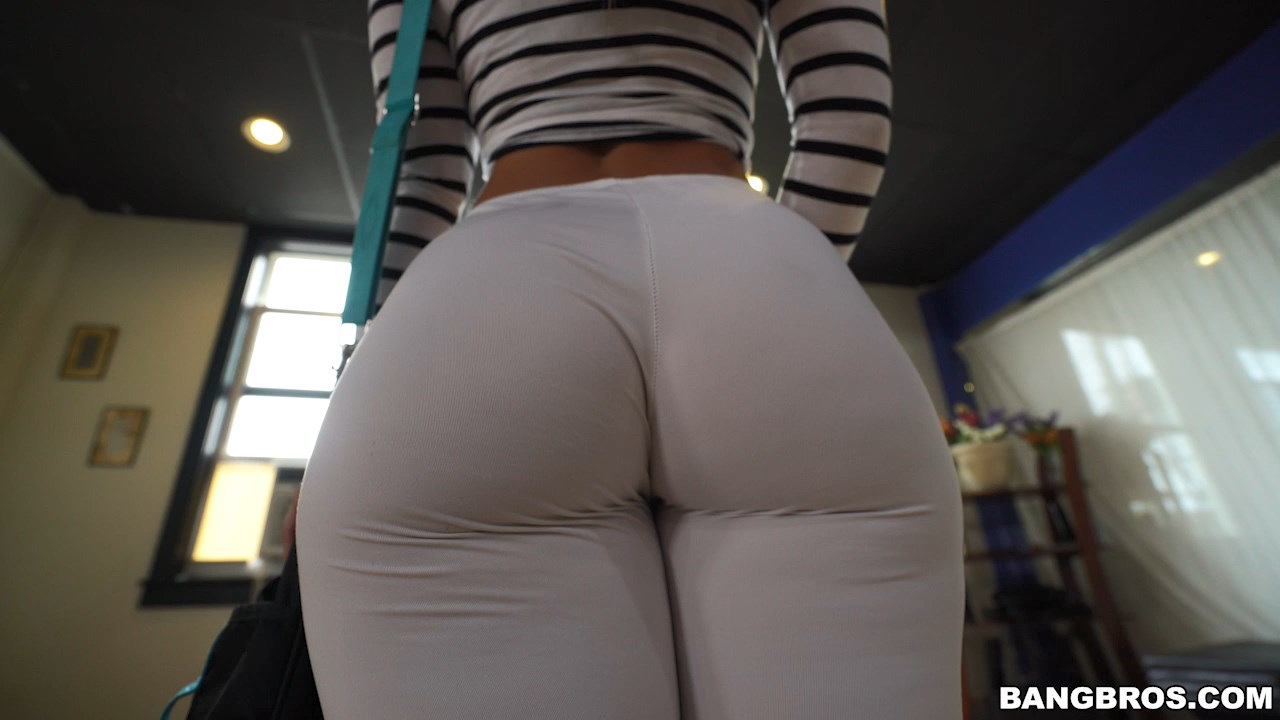 image Ass shaking more videos on amateurcams666
