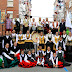 El grupo Doces Lembranzas saca sus danzas a la calle para festejar Santiago Apóstol