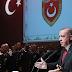 Ερντογάν μαινόμενος κατά πάντων: «Οι ΗΠΑ δεν μας έδιναν ούτε UAV, δεν τους έχουμε ανάγκη!» – Επίθεση & σε Χαφτάρ