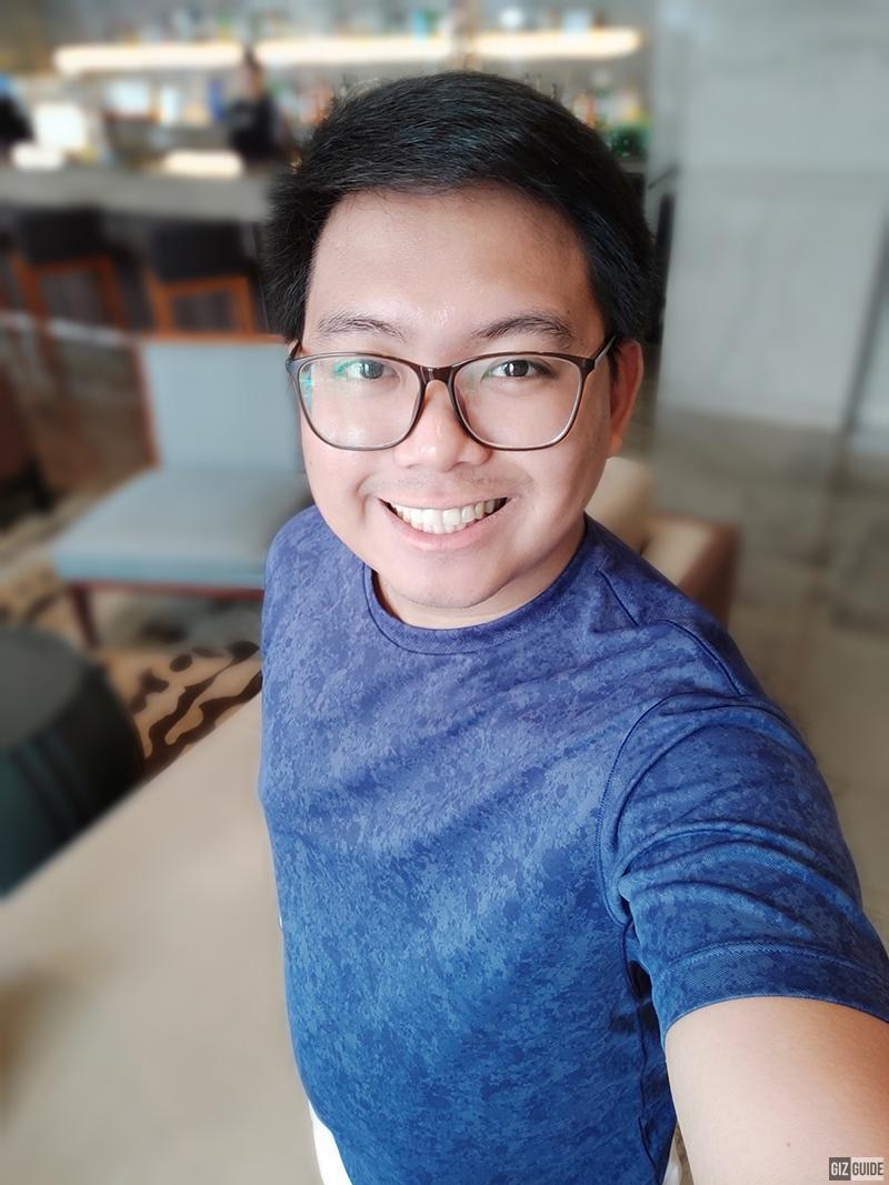 A70 selfie bokeh