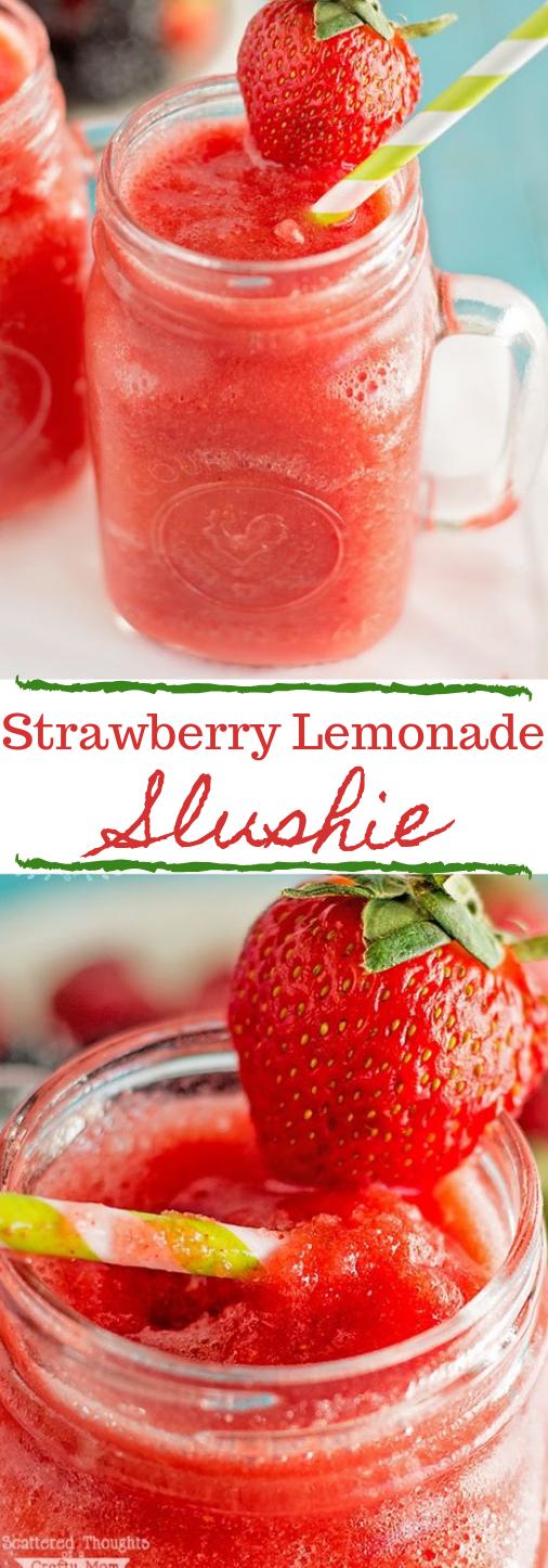 Strawberry Lemonade Slushies #drink #strawberry #cocktail #smoothie #lemonade