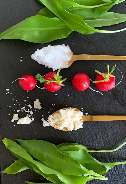 Kokosnuss-Kräuter-Aufstrich, Rezept glutenfrei & vegan, Tropicai, Minimalismus: Zubereitung einfach + schnell, Healthy Food Style, Blog, Rezeptinspirationen für jeden Tag, gesund und lecker, Rezeptideen, schnelle Rezepte, entdecken, leicht