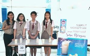 Tim SMP Kristen Kalam Kudus IP Juara 3 Krenova 2019