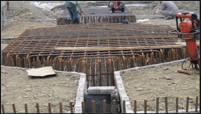 Begisting pondasi dibentuk sebagai teladan pembentukan dimensi beton pondasi yang diinginkan s Metode Pelaksanan Pekerjaan Bekisting untuk Poer beton