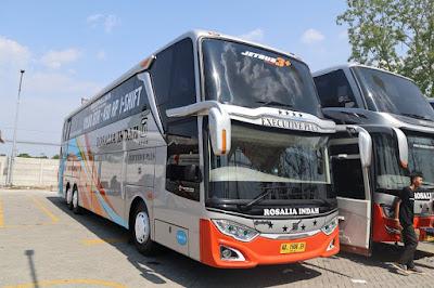 Foto Bus Rosalia Indah UHD