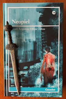 Portada del libro Neopiel, de Juan Antonio Oliva Ostos