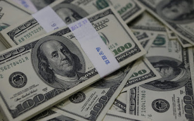 تراجع أسعار الدولار مقابل الجنية بالبنوك المحلية والعالمية اليوم الاثنين ٥ أكتوبر