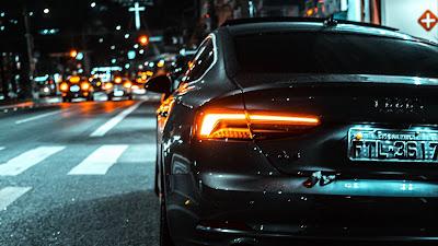 Carro Preto Audi A5 para Plano de Fundo de PC