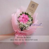 jual handbouquet pink, jual bouquet mawar pink,florist  jakarta selatan