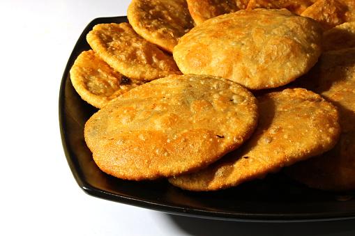 Kachori recipe | Moong dal kachori recipe | Khasta kachori recipe