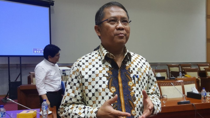 Menkominfo Rudiantara usai rapat bersama Komisi I DPR