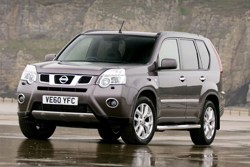 all about speed video and review 2012 nissan x trail 4x4 platinum edition. Black Bedroom Furniture Sets. Home Design Ideas