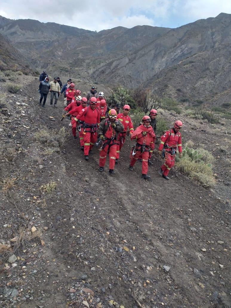 Rescate del cuerpo del instructor de deportes extremos / TWITTER POLICÍA NACIONAL