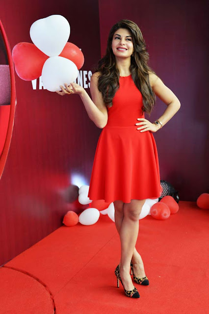 jacqueline-fernandez-in-red-dress