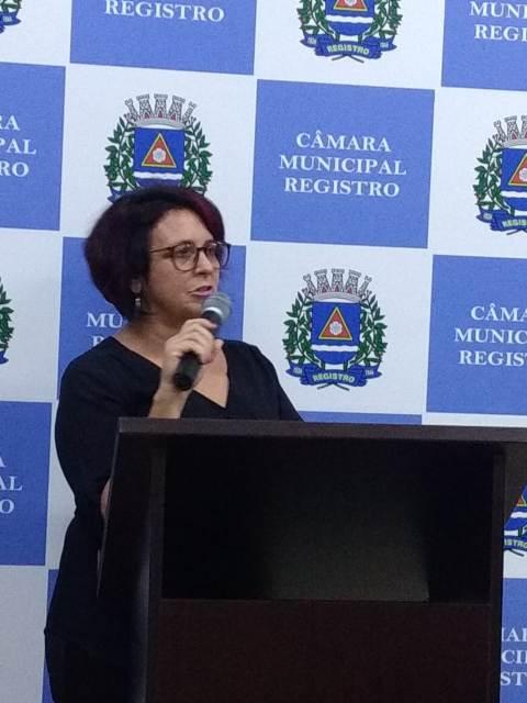 Moção apresentada pela Vereadora Sandra é aprovada, por unanimidade, para garantir de condições de trabalho aos profissionais da educação