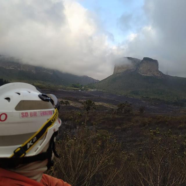 Incêndio na região da Chapada Diamantina (Foto: Divulgação/Corpo de Bombeiros)