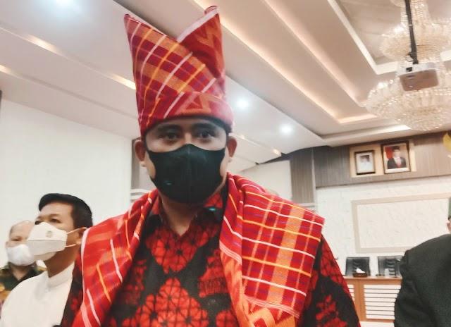 Jokowi Sebut Rp1,8 Triliun APBD Kota Medan Mengendap di Bank, Bobby Bilang Hanya Rp1,6 Triliun