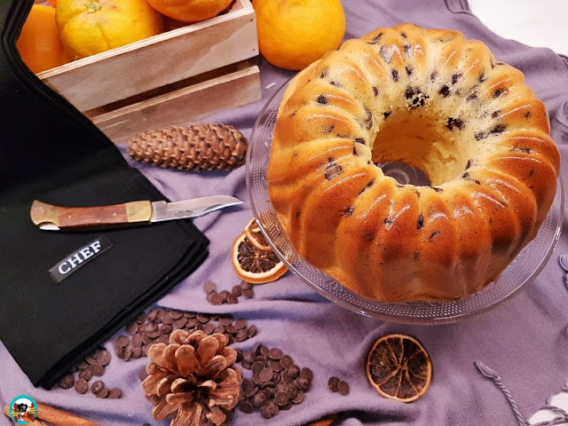 Bundt cake naranja y chocolate