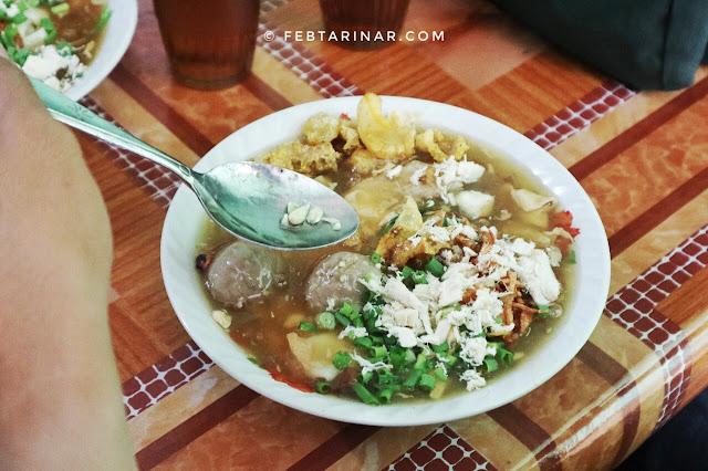 lomie sarirasa - rara febtarina - food blogger - food vlogger