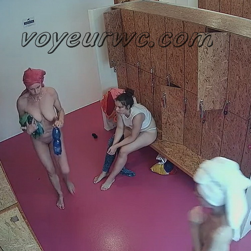 Changing room spy cam shoots women that came to the gym (Lockerroom 2138-2147)