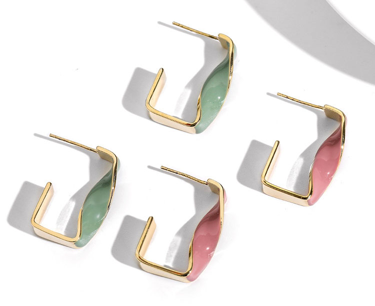 轉變金屬風雙色耳環