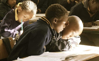 Soal UAS/PAS Tematik 5 Pahlawanku Kelas 4 SD Semester 1 Plus Kunci Jawaban