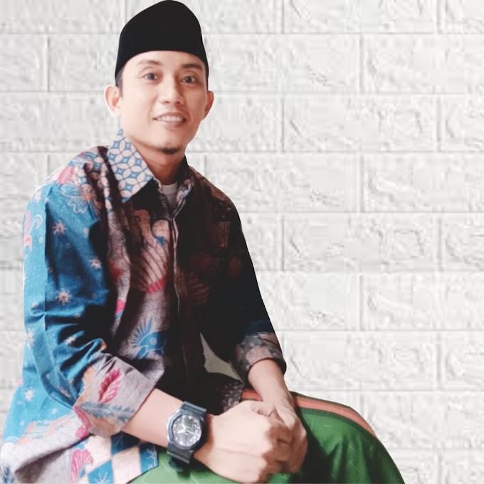 Batik Solo Biru