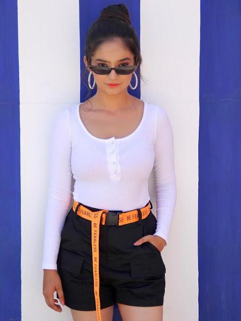Anushka Sen Photos