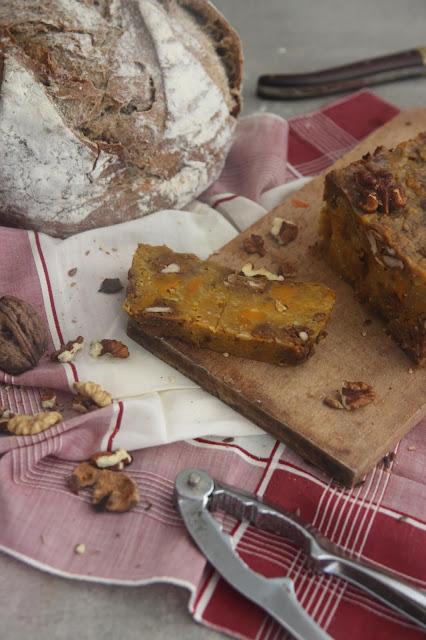 Cuillère et saladier : Terrine de potimarron et lentilles corail aux noix (vegan)