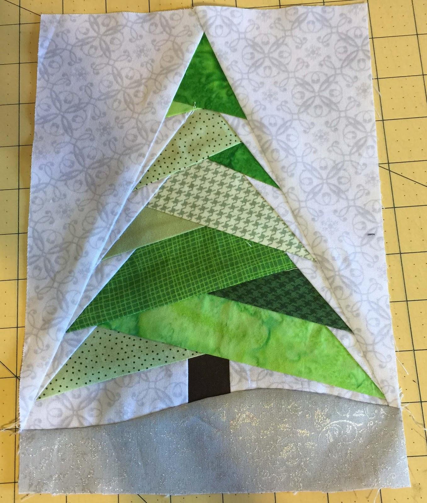 Christmas Tree Trio: Christmas Is Coming! Free Trio Christmas Tree Pattern