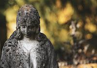 """""""Piangete con quelli che sono nel pianto"""" (Romani 12,15)"""