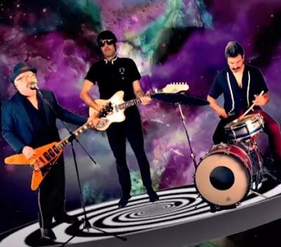 'Who ya gonna call', la nueva canción de Mike Edison con Guadalupe Plata