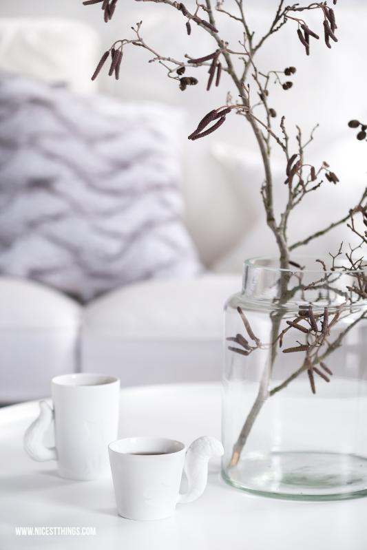 Winter Accessoires Mugtail Tassen Zweig in Glasvase Tine K Home #winterdeko #deko #winter #mugtail