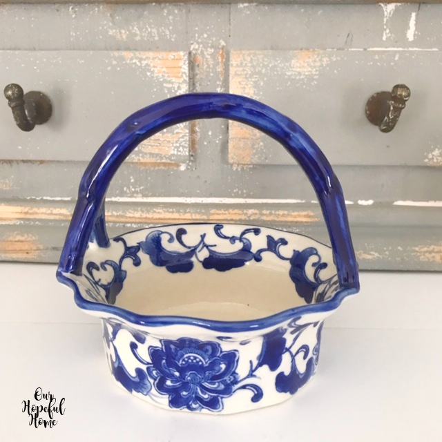 china blue and white chinoiserie basket with handles