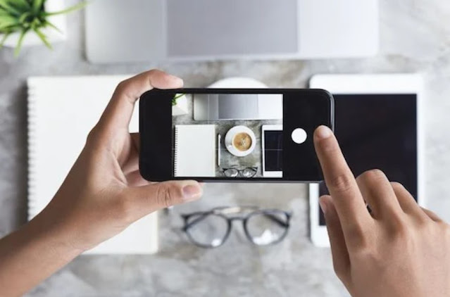 Better Photos and Video on Any Smartphone1