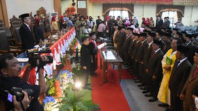 50 Anggota DPRD Kabupaten Lampung Timur Resmi Dilantik