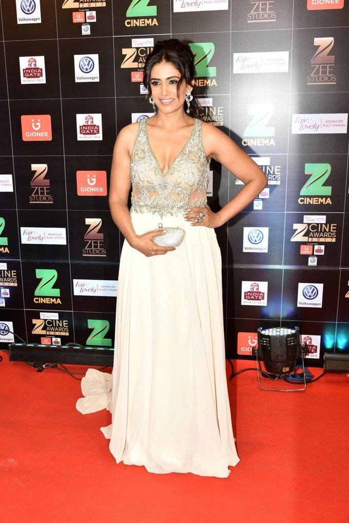 Sonali Kulkarni Transparent Dress Photo Gallery