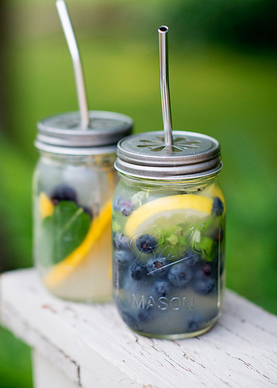 Mason Jar Beach Cocktails summer wedding ideas