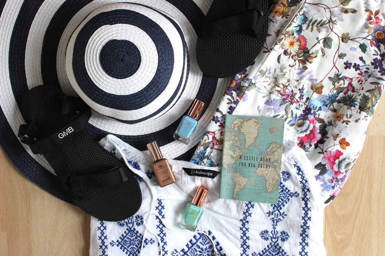 5 Essentials for a Beach Holiday