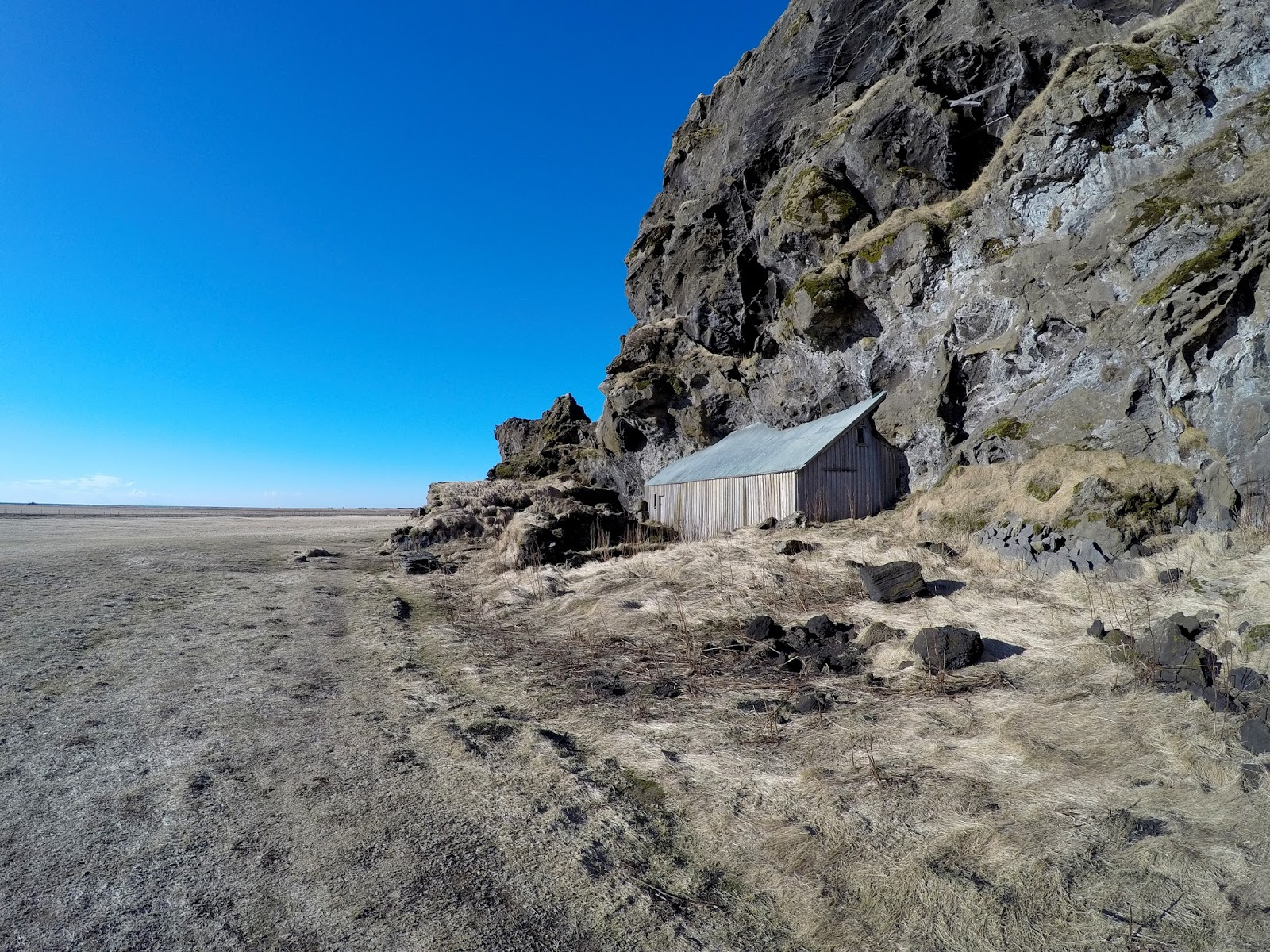 Drangurinn í Drangshlíð 2 Islandia opuszczone domy