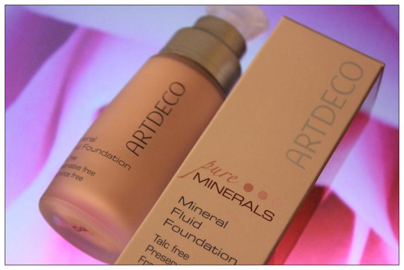 Отзыв: Минеральный тональный крем - Artdeco Mineral Fluid Foundation #04 soft beige