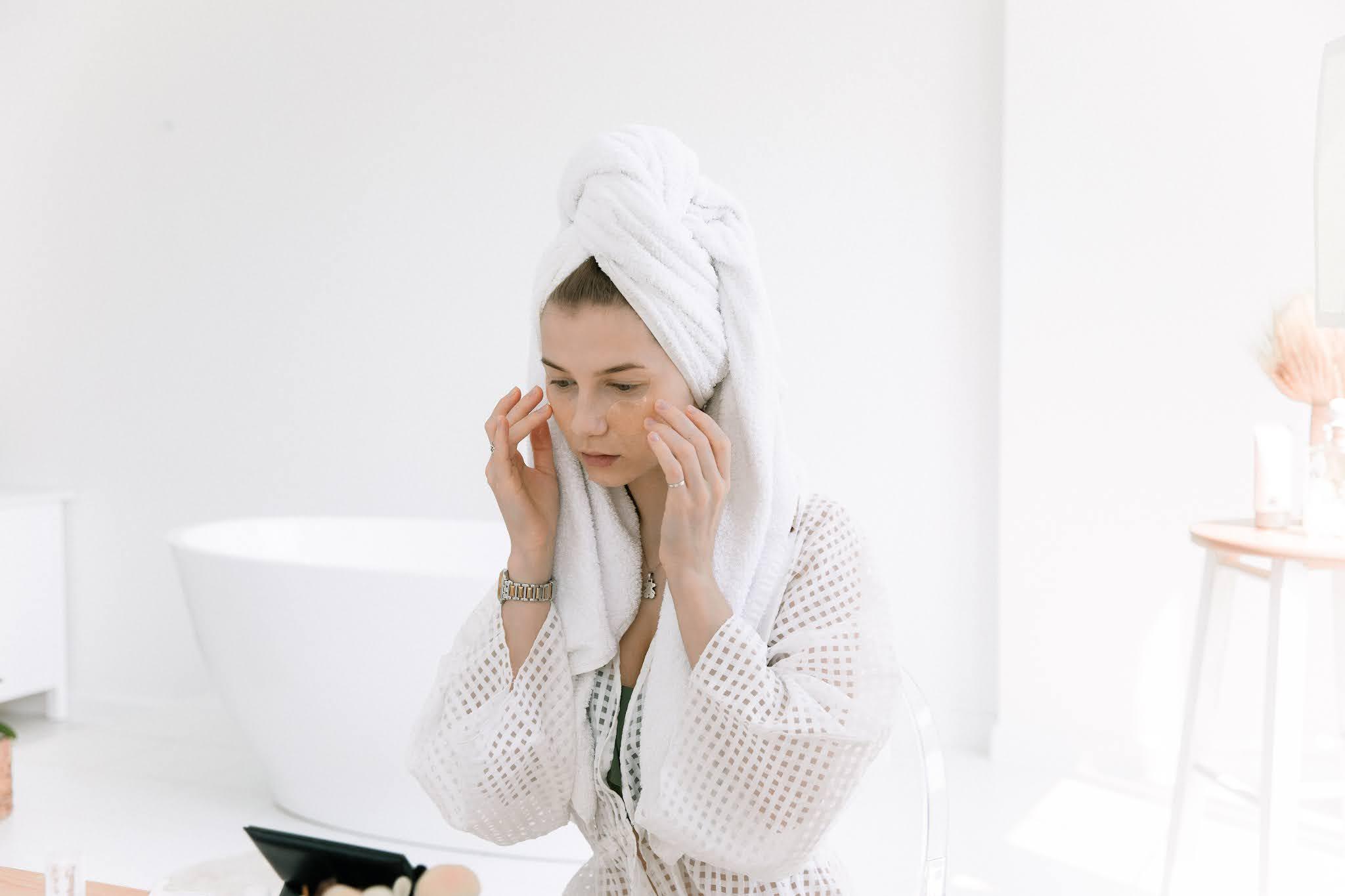 Błędy w pielęgnacji, które nasilają problem z trądzikiem