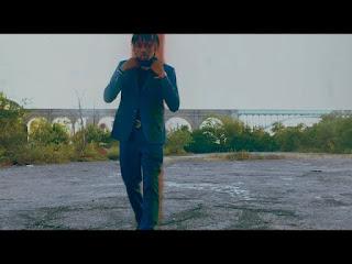 New Video: Lachaleur - Knee Hi