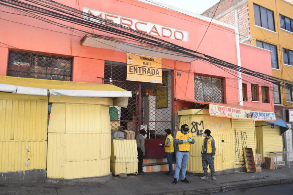 Mercado Haití en Miraflores fue cerrado por 14 días. Será fumigado este martes / GAMLP