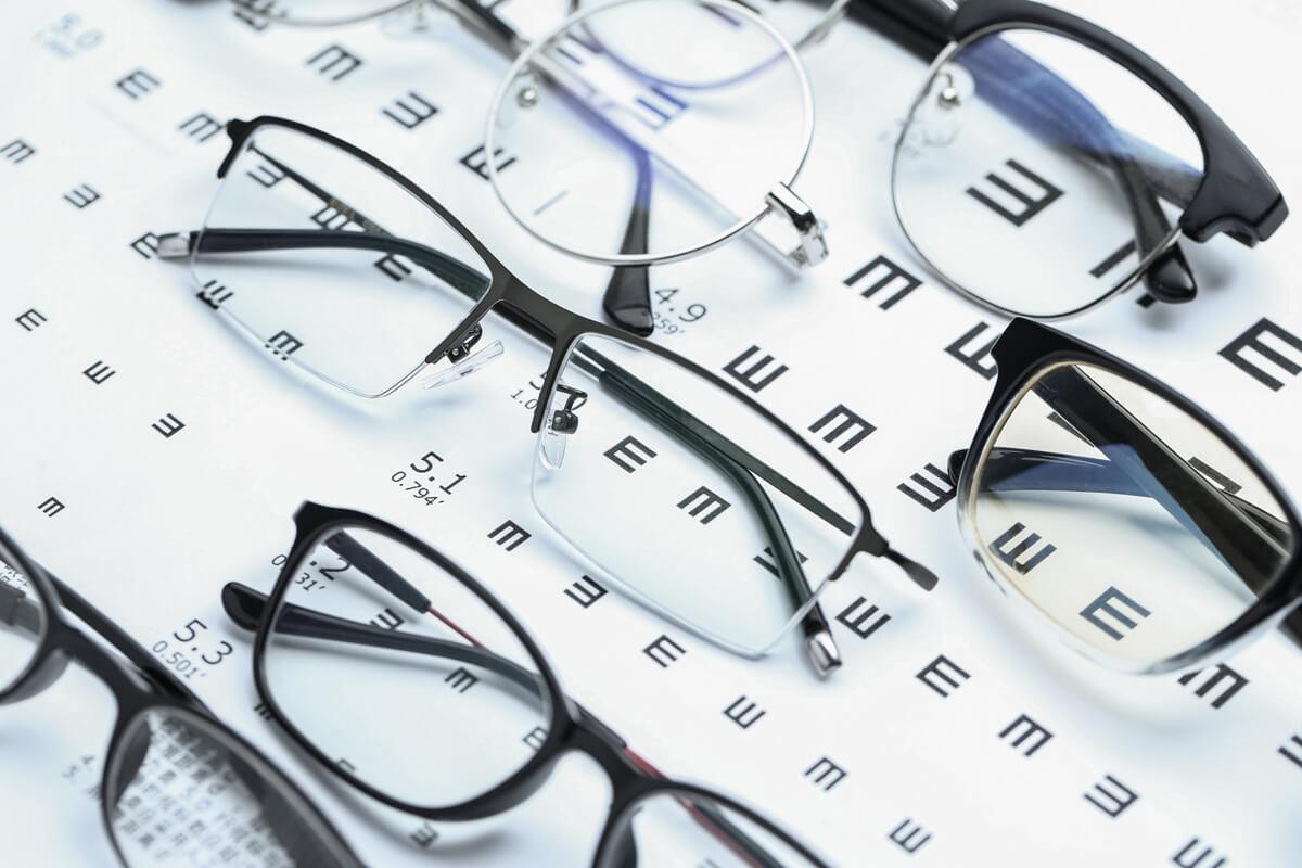 7 dicas para cuidar dos óculos de grau