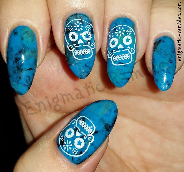 Marble-Sugar-Skull-Nails-Nail-Art