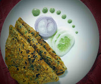 Serving Methi paratha